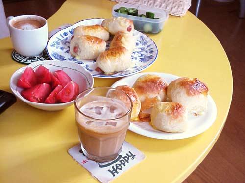 breakfast060729.jpg