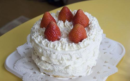 cake060506.jpg