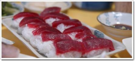 自宅寿司盛り合わせ(マグロ握り)